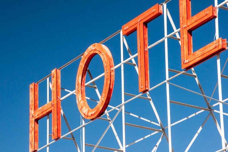 User Experience Benchmarks for Hotel Websites - MeasuringU