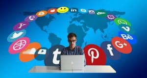 The User Experience of Social Media Websites