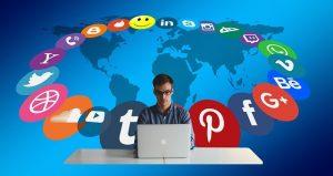 The User Experience of Social Media Websites